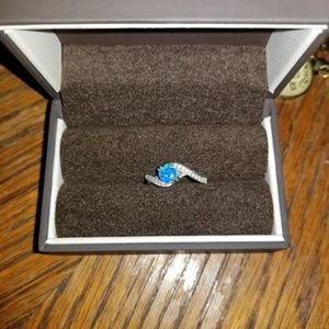Jewelry - Blue fire opal